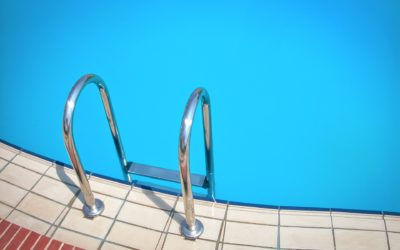 Treating your pool with salt